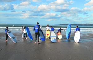 Campamento de verano de surf