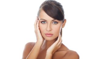 Lifting facial japonés y peeling ultrasonic