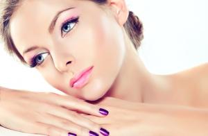 Sesión de microdermoabrasión o despigmentante con cosmética natural ¡Consigue una piel más joven!