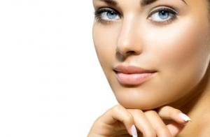 Limpieza facial con tratamiento regenerador de colágeno