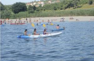 Campamento de verano con alojamiento y pensión completa. Juegos, talleres, actividades acuáticas, senderismo,