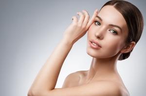 Radiofrecuencia, peeling y limpieza facial de alta gama: Un rostro perfecto