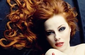 Pelo renovado con una completa sesi�n de peluquer�a. �Un aporte de nutrientes y colores luminosos que har� que tu pelo luzca como nunca!