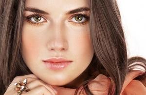 Fotorrejuvenecimiento facial. Estrena una piel más tersa y sin manchas.