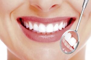 Blanqueamiento dental Led con opción a higiene bucal